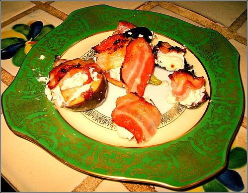 cheesy fig bombs recipe Favorite Savory Fig Recipe: Goat Cheese & Bacon & Figs, Oh My!