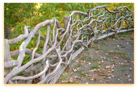 Плетеный забор для дачи своими руками фото