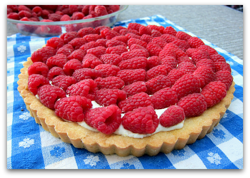 picture perfect raspberry tart Sour Cream Raspberry Tart: Berry Dairy Delicious